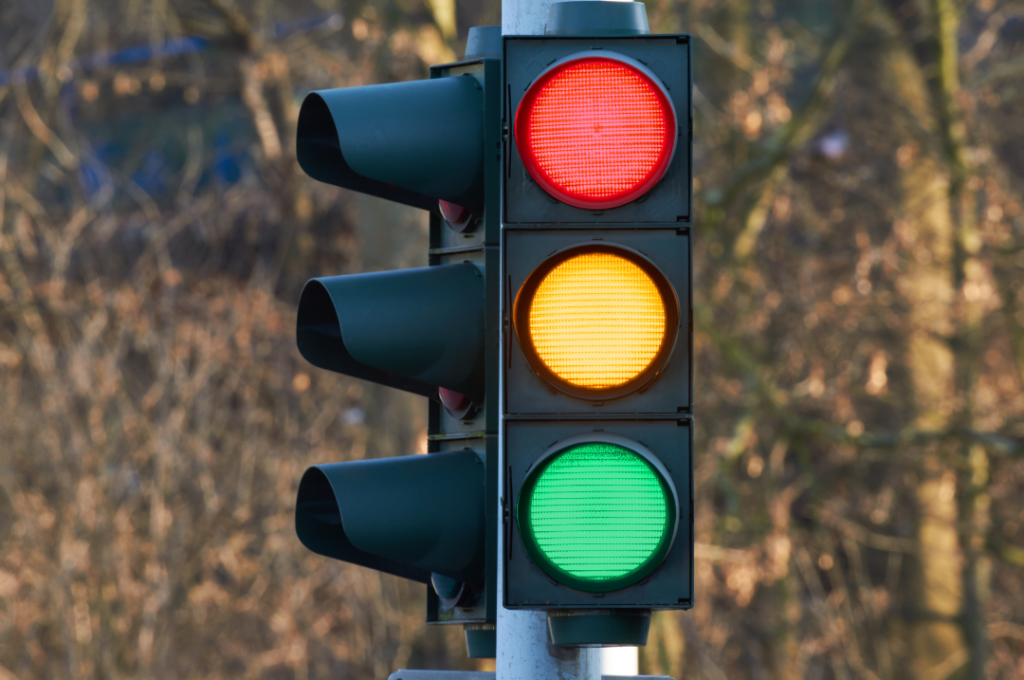 Picture of a black traffic light.
